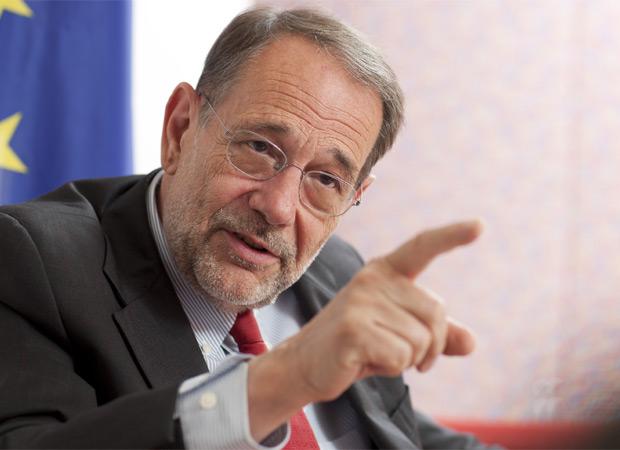 Javier Solana puede ser el líder del PSOE