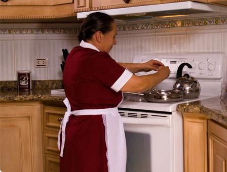 Unas 38.000 empleadas del hogar irán a la economía sumergida