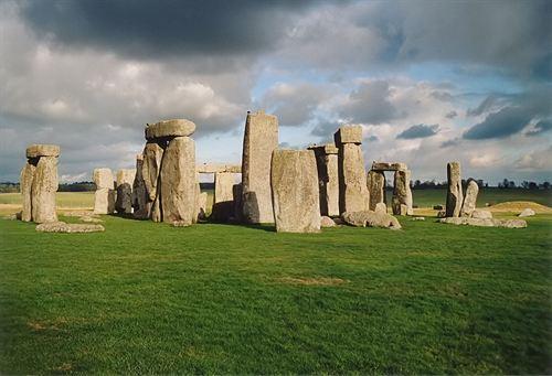 La historia del Stonehenge se pone en duda tras un nuevo estudio Stonehenge-1