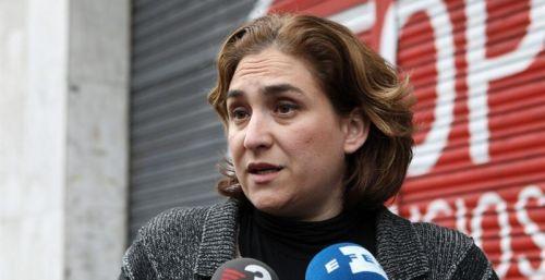 Colau defiende los 'escraches' y Rajoy los tacha de 'profundamente antidemocráticos'