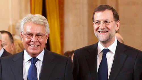Rajoy ha pactado en secreto con Felipe González, el Grupo Prisa, y Artur Mas