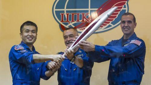antorcha-astronautas-sochi-500.jpg
