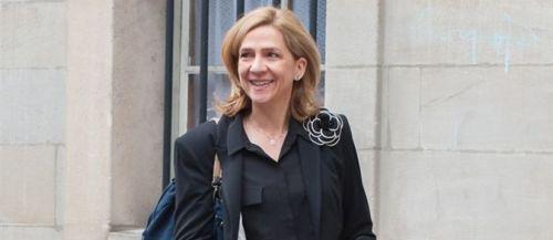 """La Infanta Cristina asegura que """"el Rey está muy contento"""" tras la abdicación"""