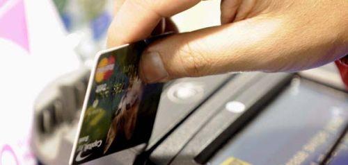 Las tarjetas serán más caras para compensar la bajada de comisiones a los comercios