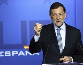 Rajoy compara el proceso catalán con un viaje a la Edad Media y prepara la posible impugnación de la consulta alternativa
