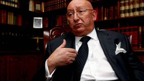 Varela dimite como presidente de Novacaixagalicia