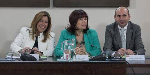 Susana d az micaela navarro y francisco conejo for Como declarar una piscina en el catastro