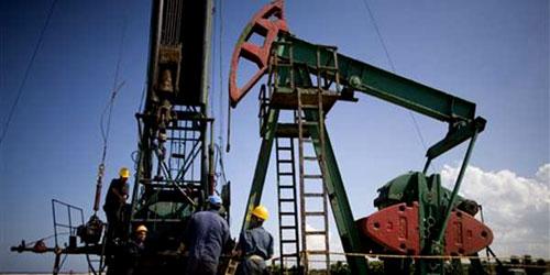 El desplome del crudo provoca miles despidos en las grandes petroleras