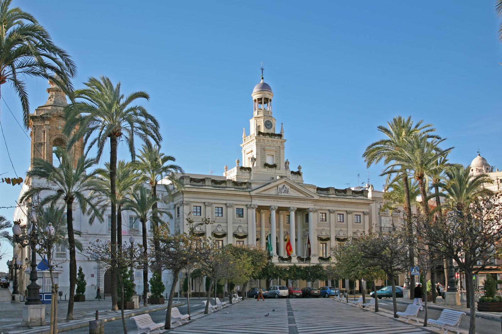Resultado de imagen de Ayuntamiento de Cádiz