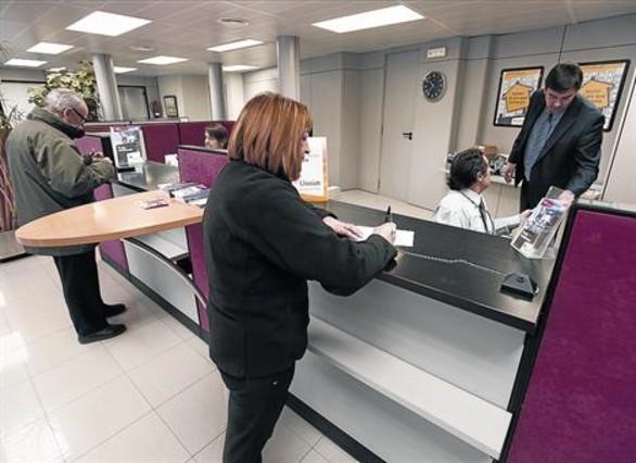 Las entidades afrontan un contexto de escasos m rgenes for Oficinas de banco financiero