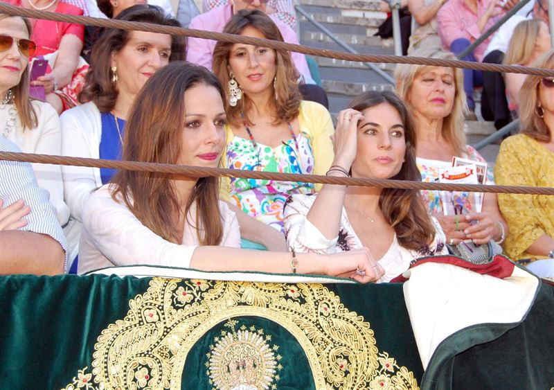 Eva González y Lourdes Montes