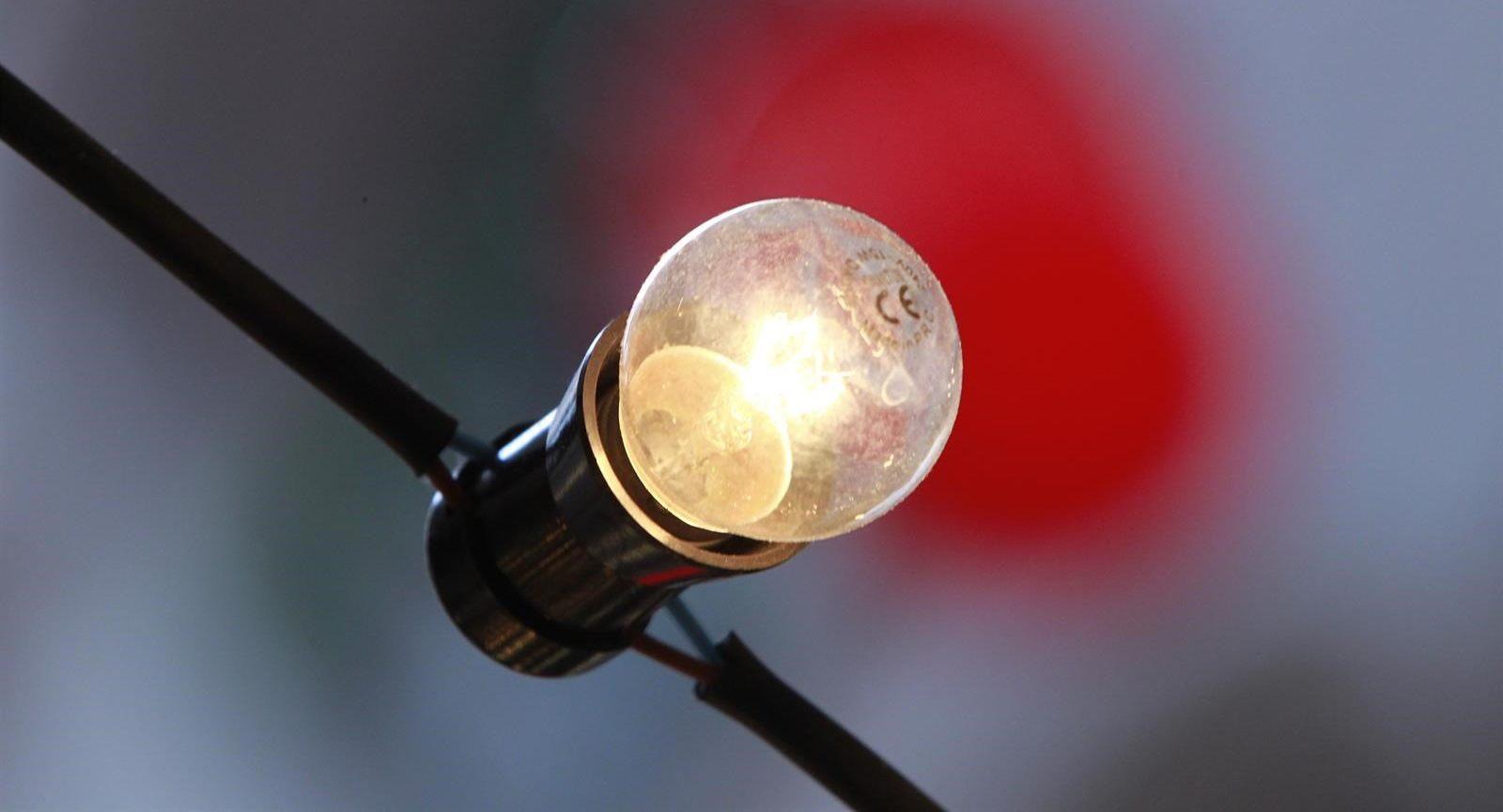 Aprobado el decreto ley que prohíbe los cortes de luz a los más vulnerables