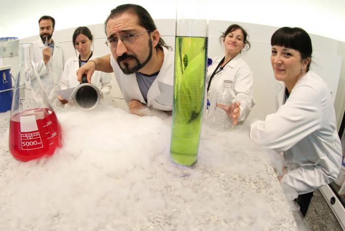 """Taller de ciencias para niños """"Frío, frío"""" en la Ciudad de las Artes y las Ciencias de Valencia"""