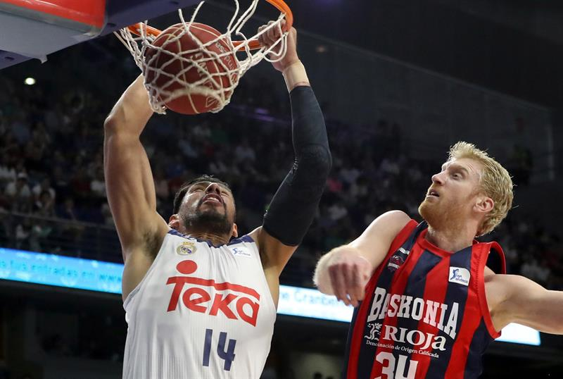 El Madrid tumba al Baskonia (86-82)