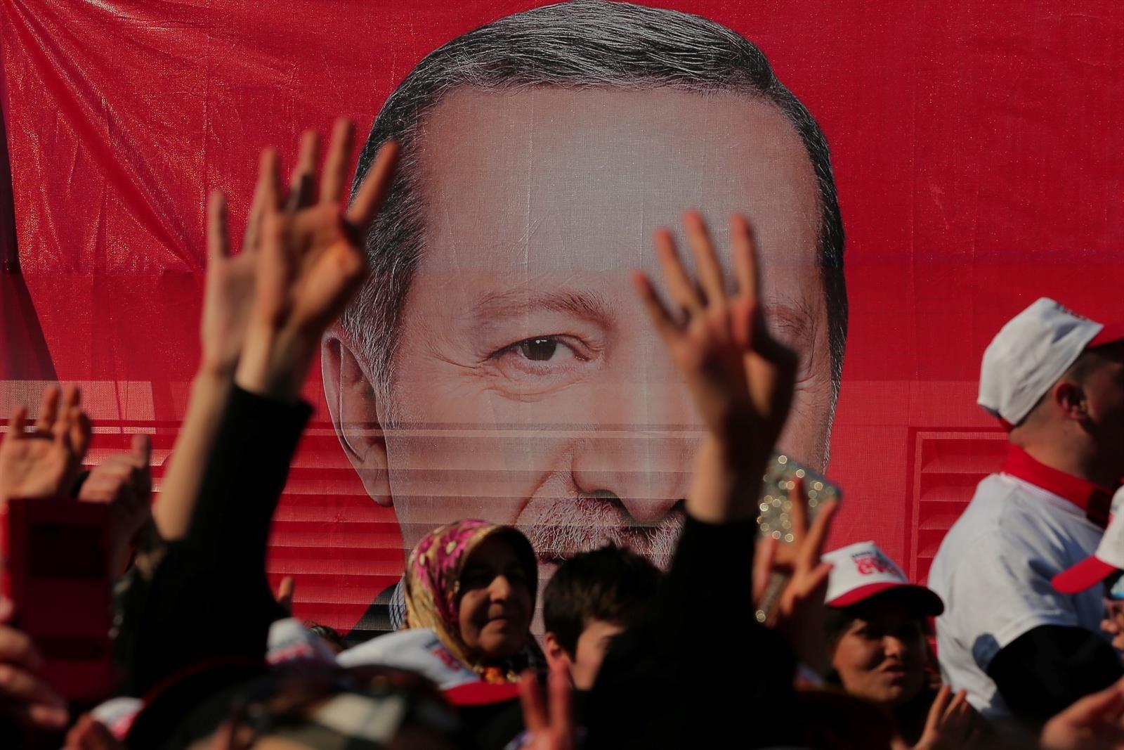 """Erdogan conmemora el intento de golpe de Estado como """"un punto de inflexión en la historia de la democracia"""""""