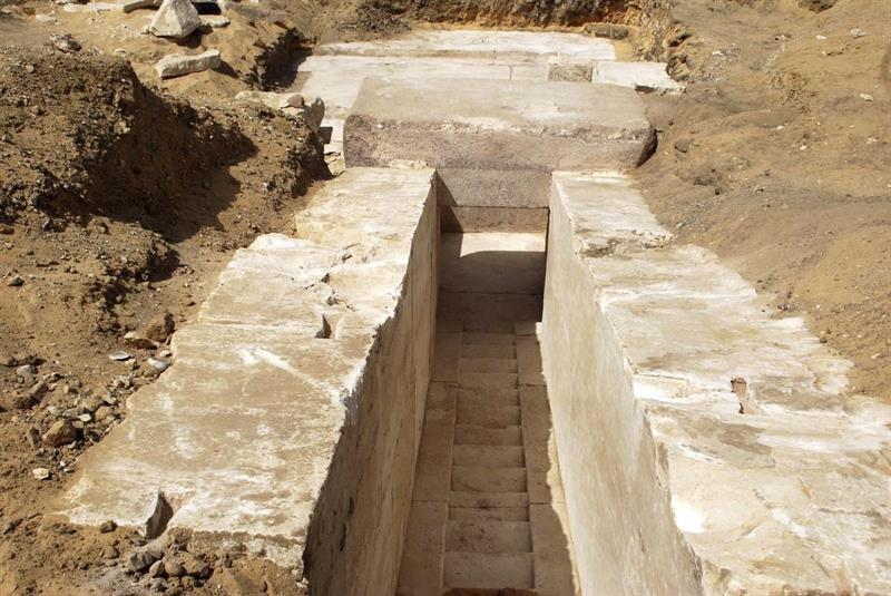 Egipto descubre una nueva pirámide construida hace 3.700 años