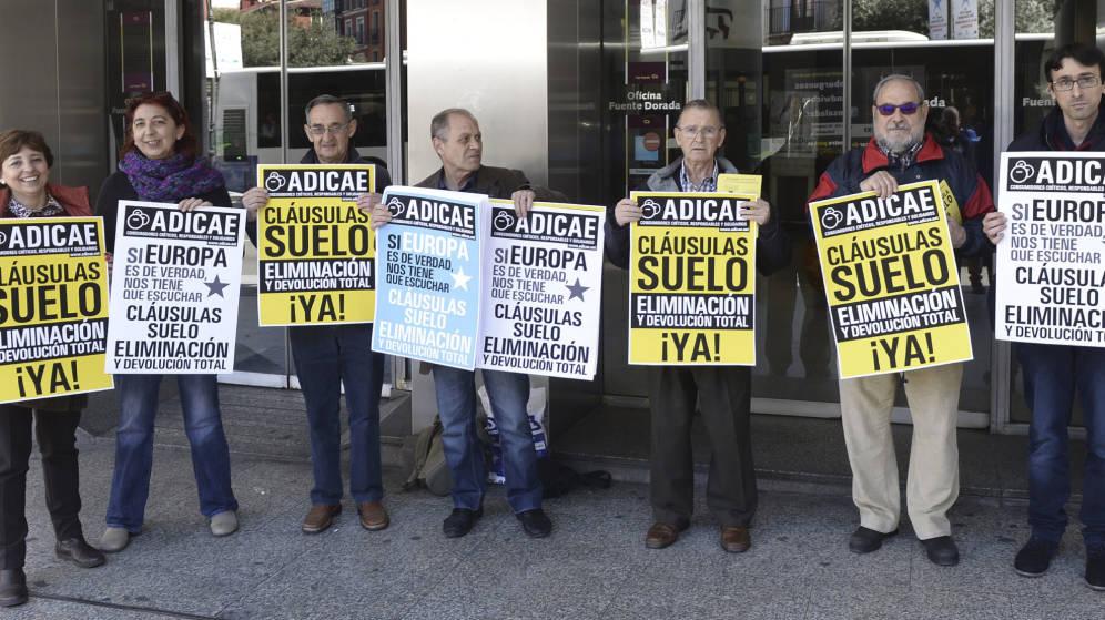 La iniciativa del grupo morado argumenta que el gobierno for Via extrajudicial