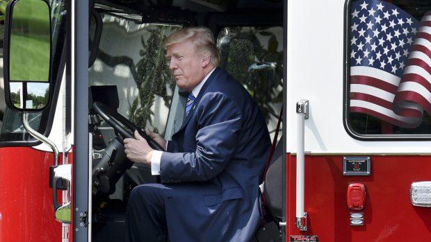 Trump y su pintoresca promoción del  Made in America  e953b53c07b