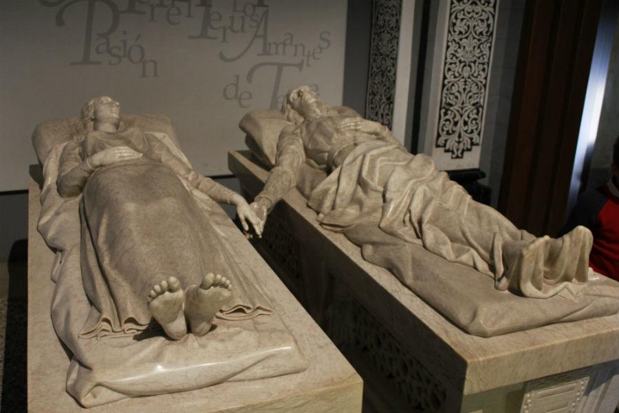 Resultado de imagen de Mausoleo de Los Amantes de Teruel