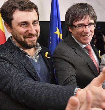 UE: Puigdemont y Antoni Comín llegaron al Parlamento Europeo para tomar posesión de escaño