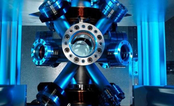 Calculan por primera vez distancias empleando relojes atómicos