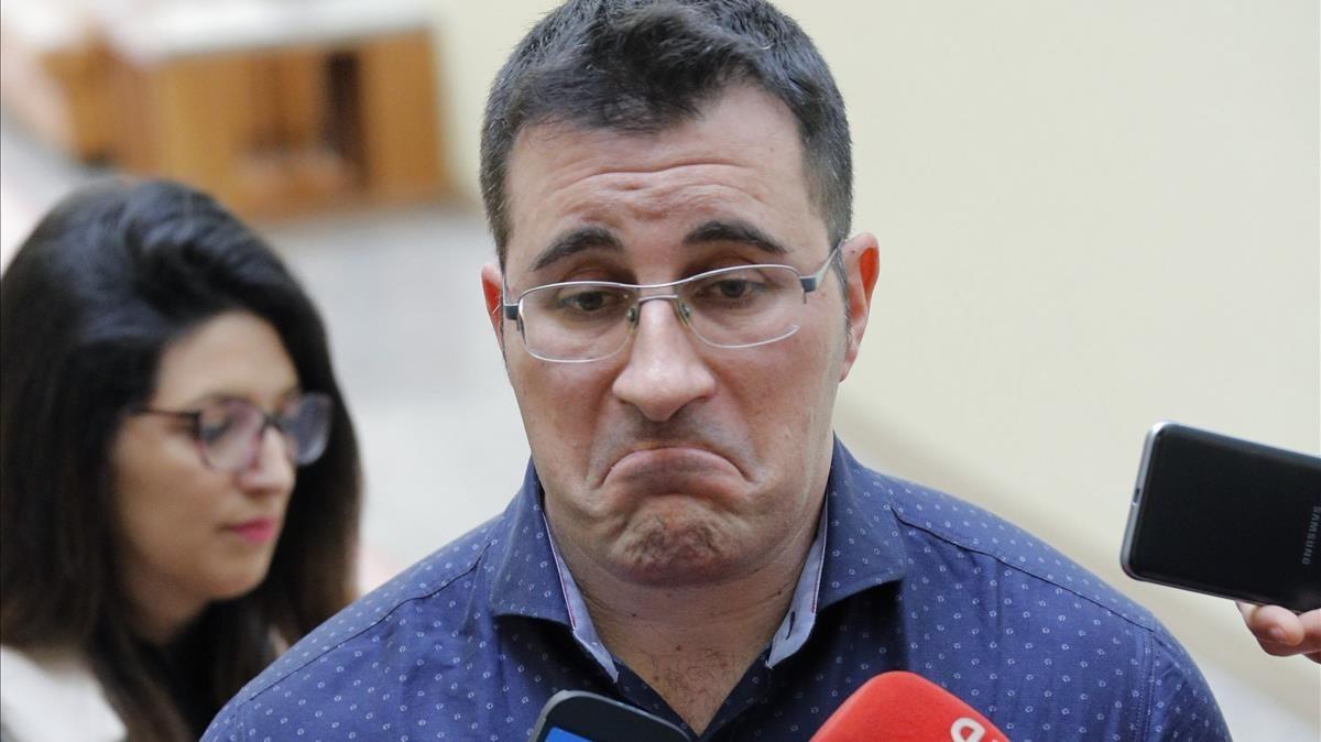 Dimite el \'número dos\' de Podemos en Galicia por mentir en su currículum