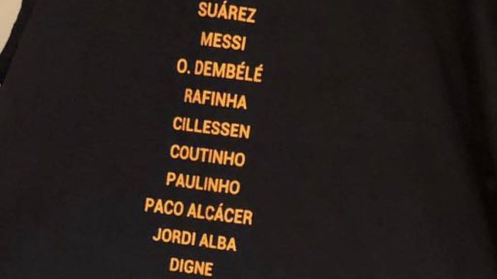 El Barcelona la lía con la camiseta de los campeones tras olvidarse de varios jugadores