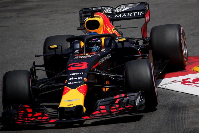 Pole con récord histórico de Ricciardo y Alonso y Sainz saldrán séptimo y octavo