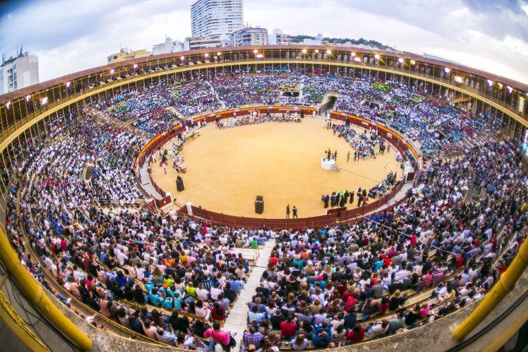 Alicante consigue el récord Guinness a la mayor lección de música