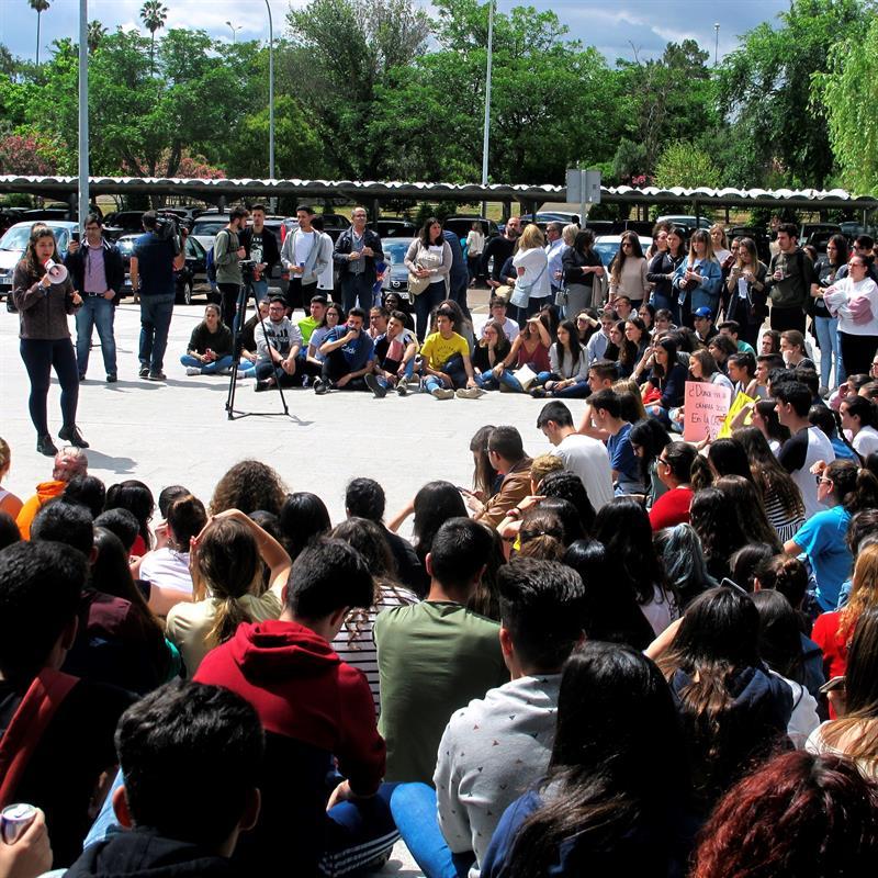 Dimite el vicerrector de la Universidad de Extremadura por la filtración de exámenes de la EBAU