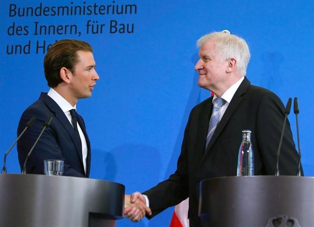 """Alemania, Austria e Italia forjan el """"eje de los que quieren combatir la inmigración ilegal"""""""