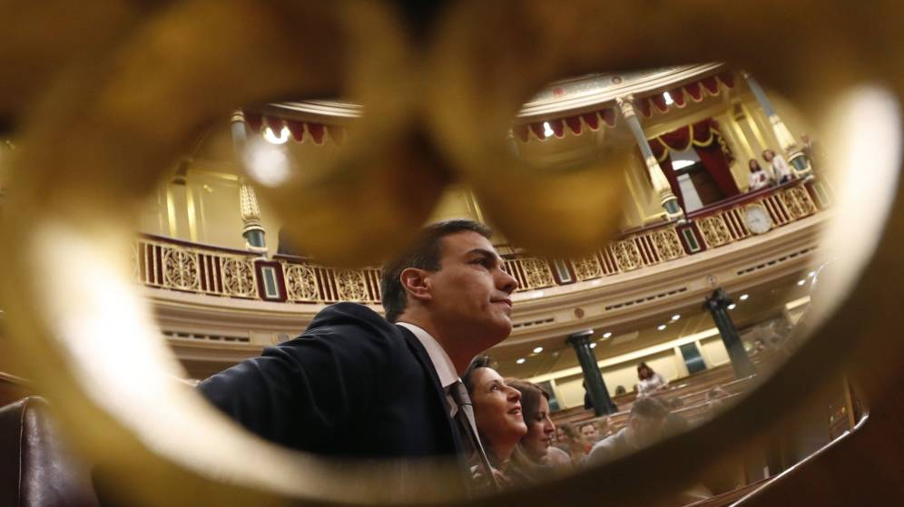 """El 2 de abril, fecha límite para que Sánchez convoque un """"superdomingo"""" electoral"""
