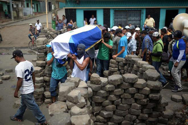Nicaragua: ataque contra los rebeldes de Masaya