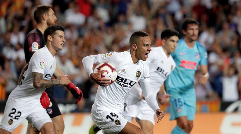 El Valencia calma la euforia del Supercampeón de Europa (1-1)