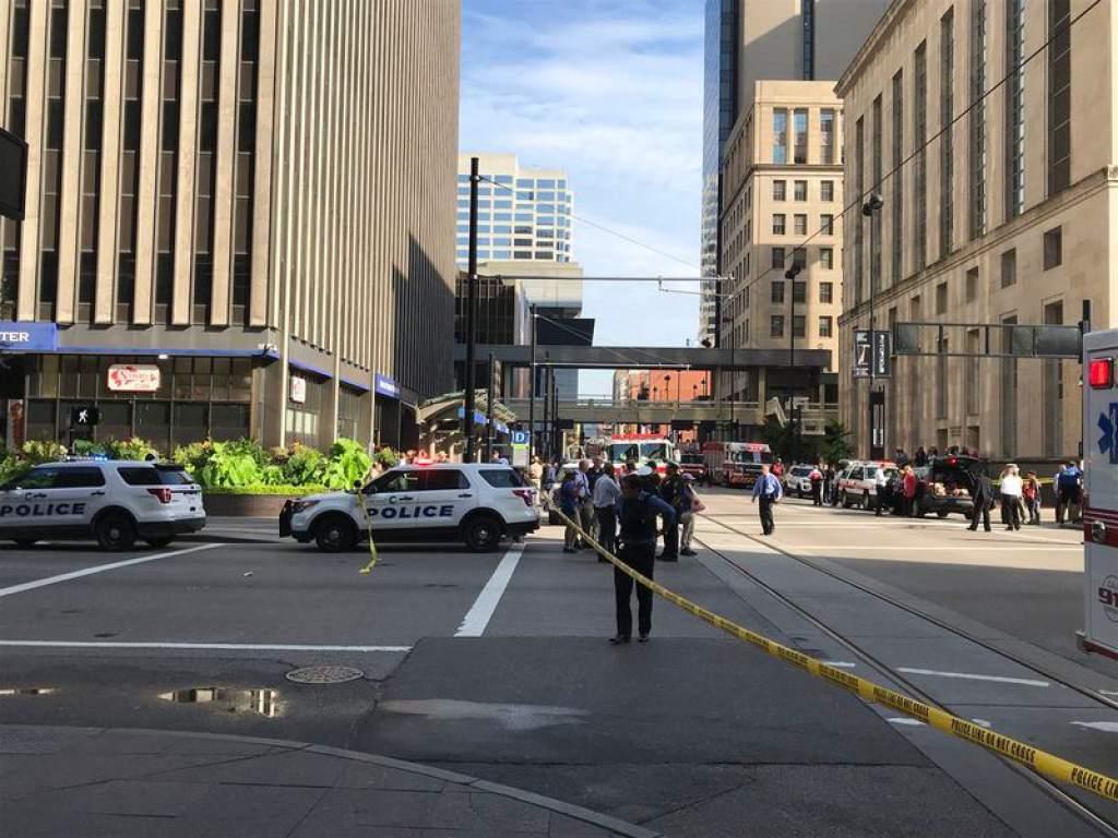 Cuatro muertos dejó tiroteo en banco de Estados Unidos