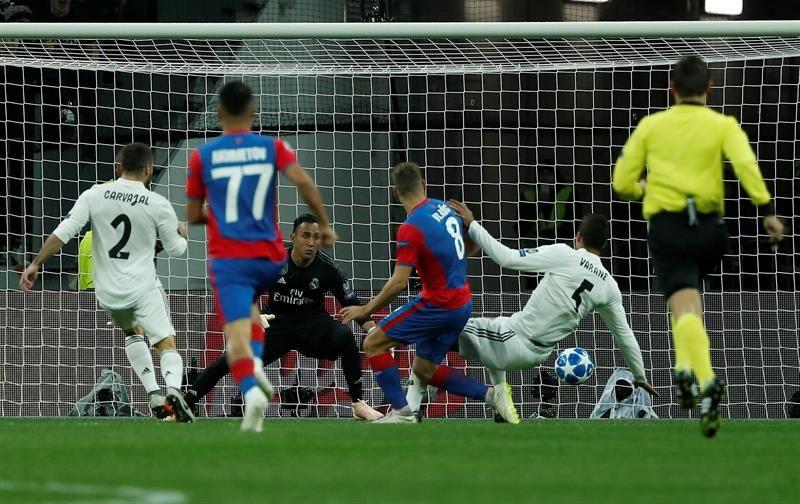 El Real Madrid pierde en Moscú y prolonga su crisis goleadora (1-0)