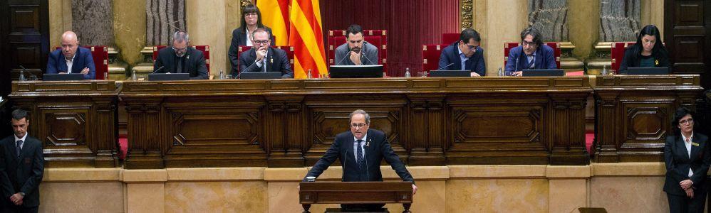 El Parlament reprueba al Rey y reclama abolir la monarquía y el Gobierno anuncia medidas legales