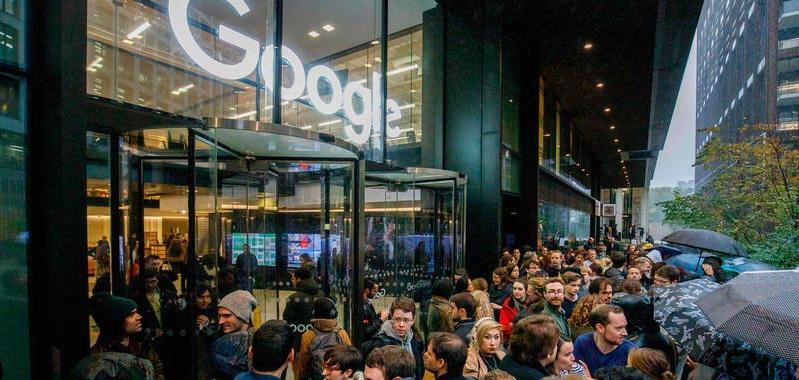 Los trabajadores de Google protestan por la gestión de la empresa ante los casos de acoso