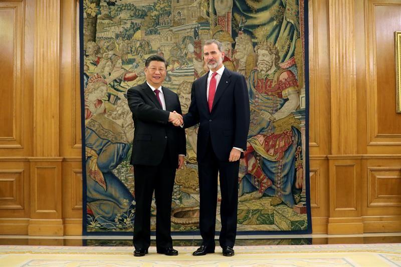 ¿Cuánto mide Xi Jinping? - Altura - Real height Xi-jinping-rey-felipe-VI