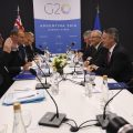CNB30. Buenos Aires (Australia), 01/12/2018.- President of the European Commission Jean Claude Juncker (2-L), the President of the European Council Donald Tusk (3-L), Australian Prime Minister Scott Morrison (3-R) and Australian Finance Minister Mathias Cormann (2-R) are seen during a bilateral meeting at the G20 summit in Buenos Aires, Argentina, 01 December 2018. The leaders of the world's largest economies arrived in Buenos Aires on Thursday for the first G20 summit to be held in South America. EFE/EPA/LUKAS COCH AUSTRALIA AND NEW ZEALAND OUT