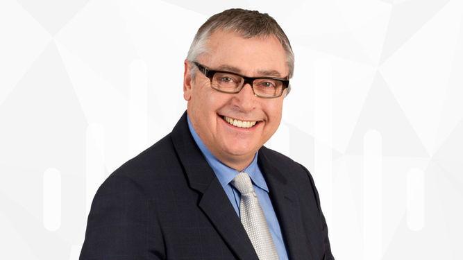 El popular presentador de fútbol Michael Robinson anuncia que padece cáncer