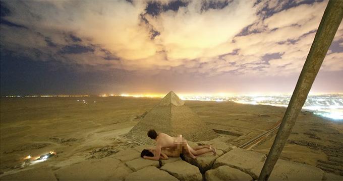 Buscan a una pareja que tuvo sexo en las pirámides de Guiza