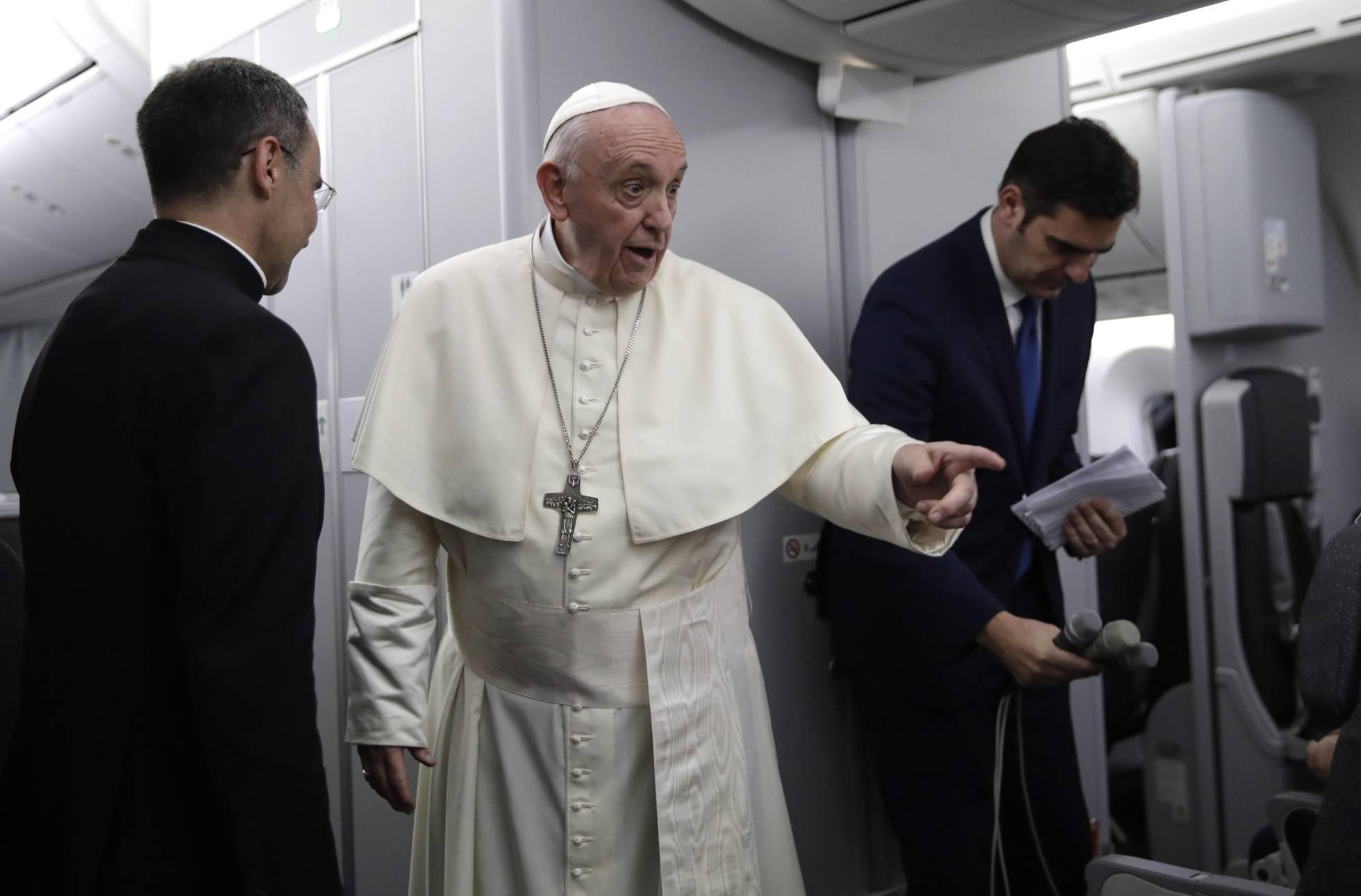 El Papa asegura que nunca autorizará el celibato opcional para sacerdotes