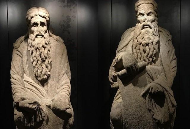 Primera victoria judicial de los Franco: las dos estatuas del Mestre Mateo son suyas