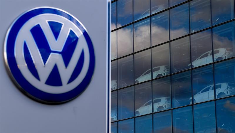 Volkswagen recortará hasta 7,000 puestos de trabajo