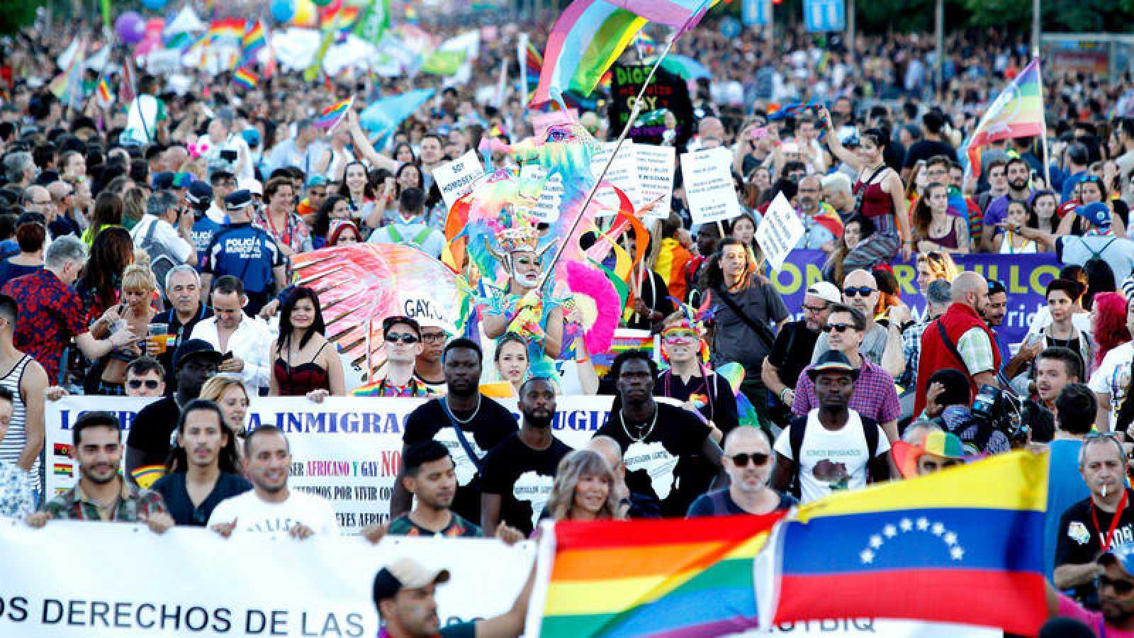 Lemas orgullo gay madrid