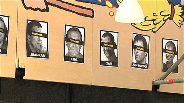 La Ertzaintza retira las fotos de los presos de ETA de una caseta de las fiestas
