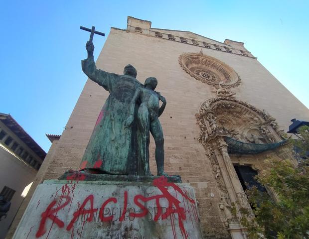 Estatuas de Fray Junípero atacadas en España y EE.UU ¿Quién fue?