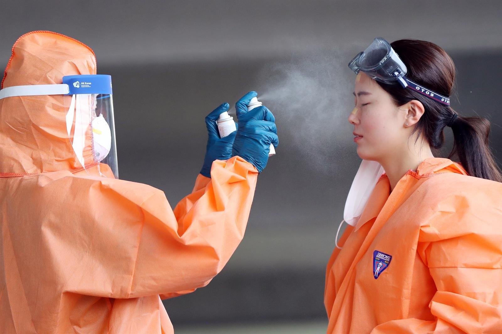 Corea suma 54 casos mientras el virus se expande más allá de Seúl