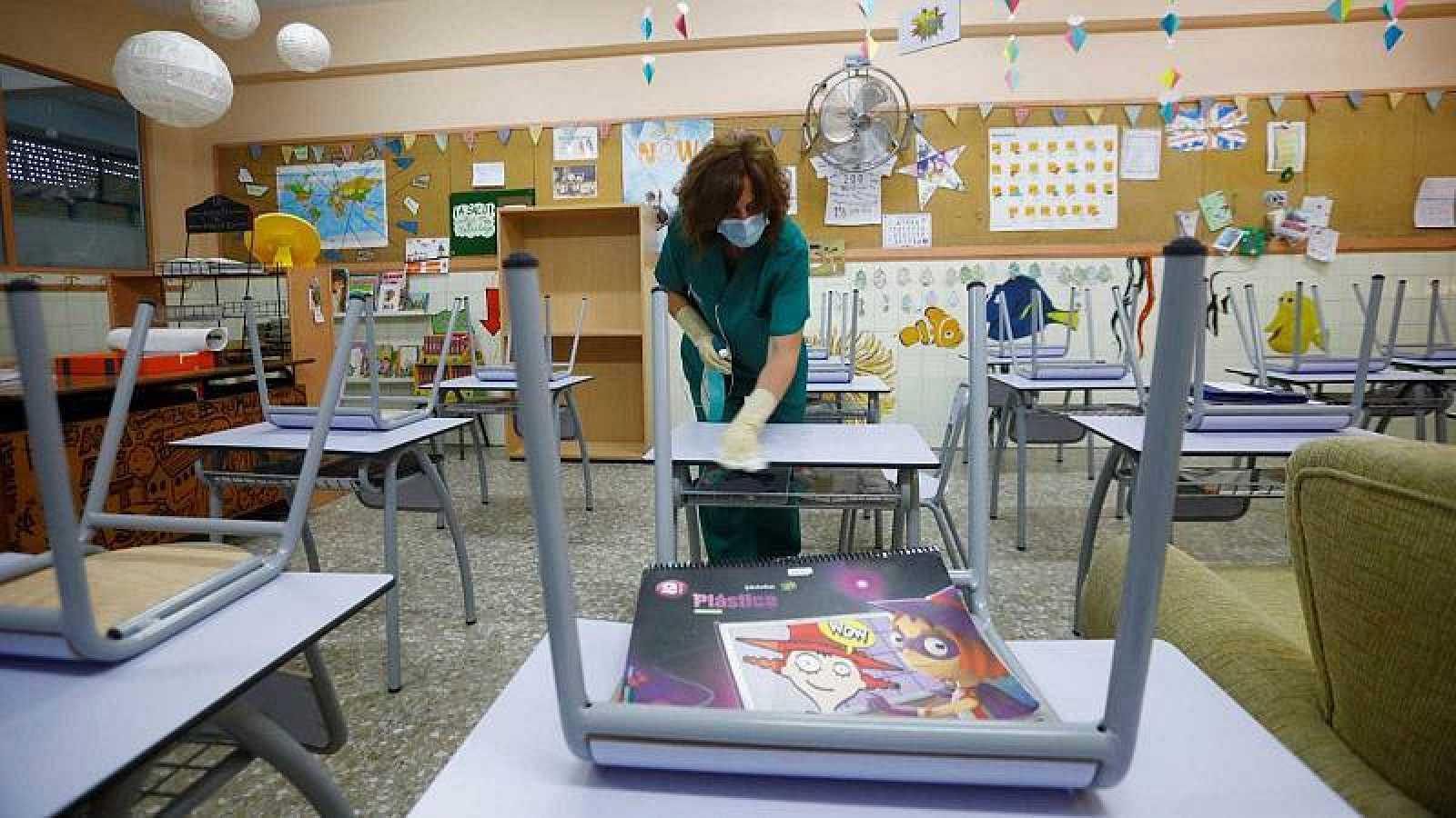 Los sindicatos de educación no ceden y mantienen la huelga de profesores en  Madrid - Republica.com